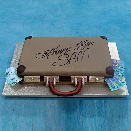 3D Briefcase Cake