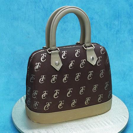 3D Hand Bag Cake