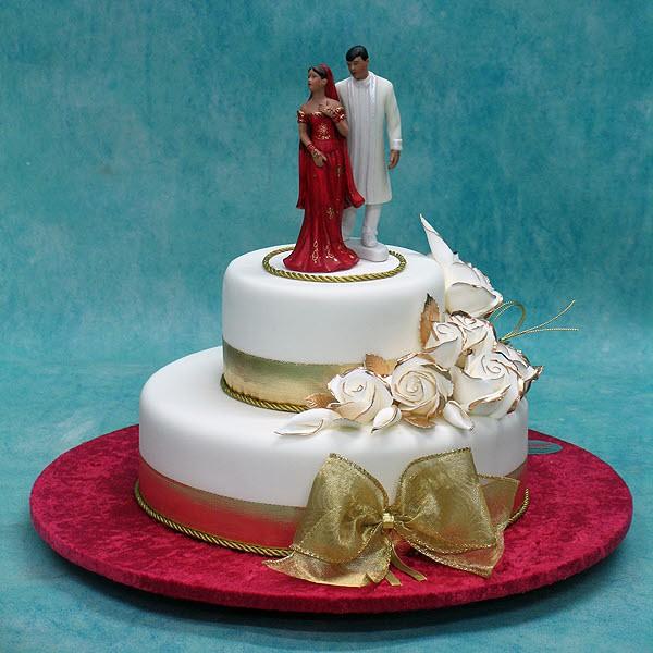 Wedding Cake with indian Couple