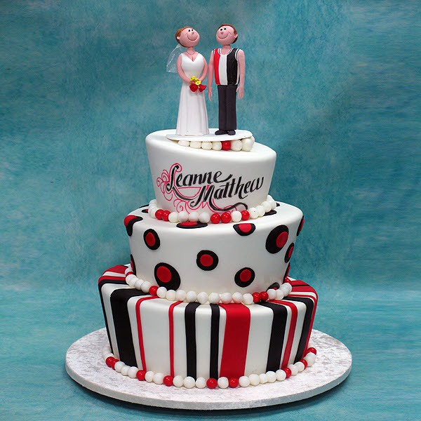 Black And Red Wedding Cake