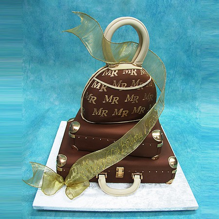 Luggage And Hand Bag Cake