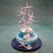 2 Tier Wedding Cake with Star Fishes