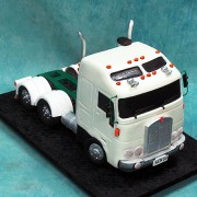 Trailer Engine Cake