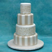 4 T Ivory Stripes Icing