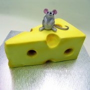 Mouse on A Cheese 3D Cake