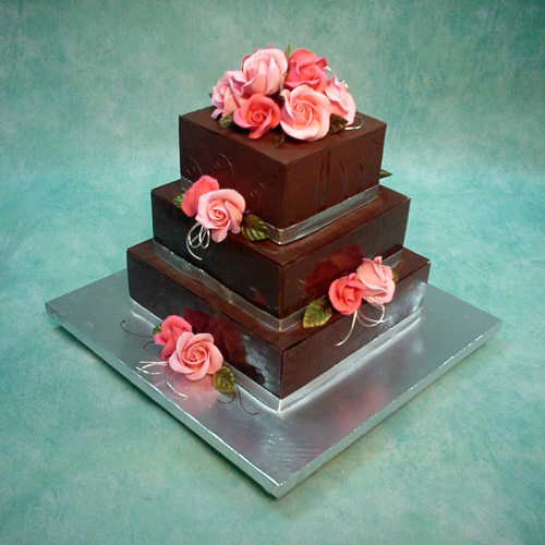 dark-chocolate-envelope-cake