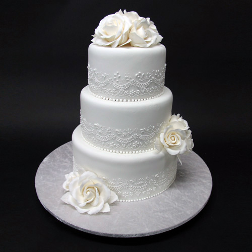 3-tiers-lace-wedding-cake